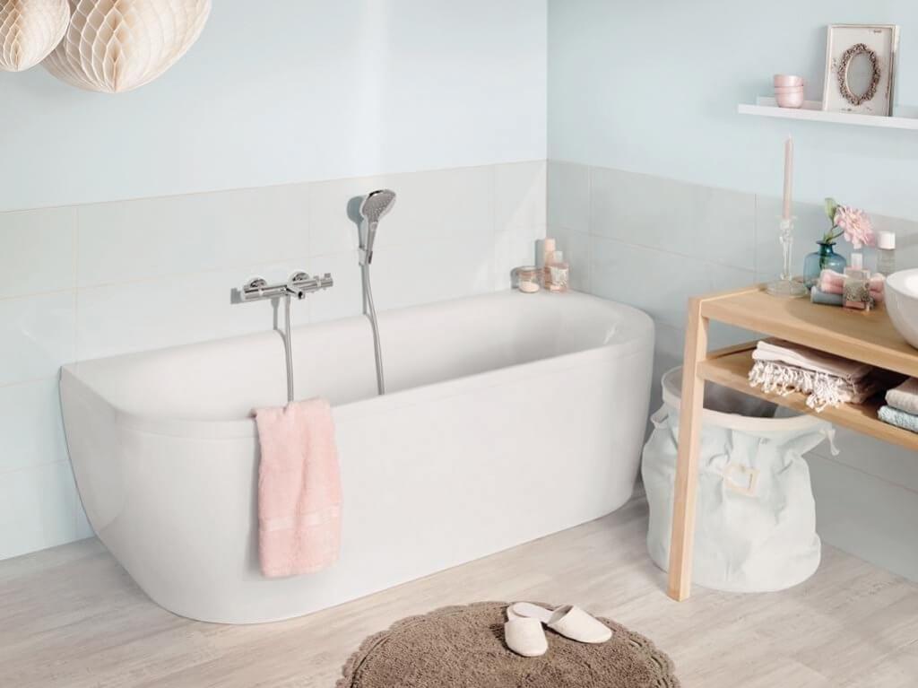 Badewannentisch